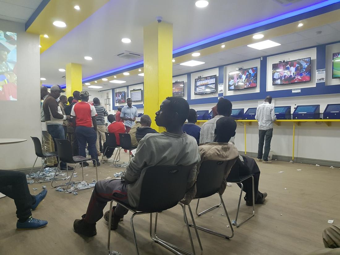Dog-Race Betting Obsession in Nairobi – BLACKORWA